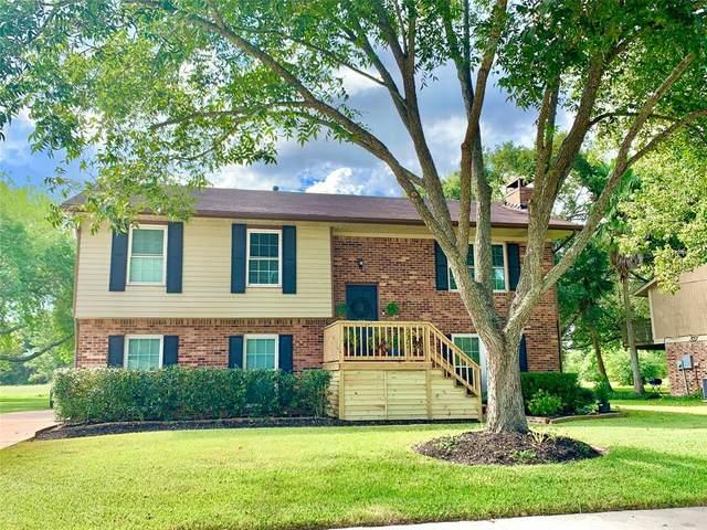 608 E Castle Harbour Drive, Friendswood, TX 77546 (MLS #35918643) :: Ellison Real Estate Team
