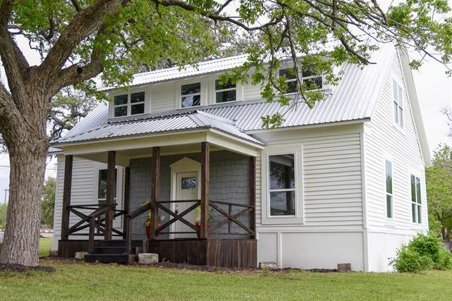 101 E Kerr Street, Moulton, TX 77975 (MLS #35969800) :: Connell Team with Better Homes and Gardens, Gary Greene