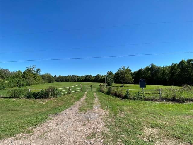 4810 Brazos River Road County Road 400, Freeport, TX 77541 (MLS #36014510) :: Green Residential
