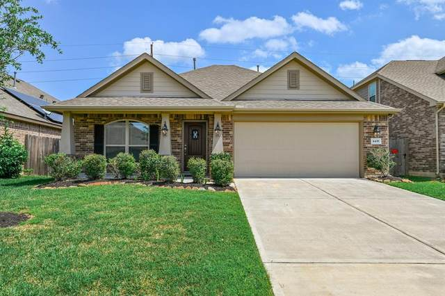 4439 Apple Point Lane, Rosharon, TX 77583 (MLS #36014550) :: Christy Buck Team