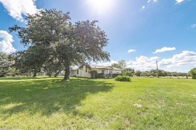 1089 Lakewood Lane, Sheridan, TX 77475 (MLS #36078788) :: The SOLD by George Team