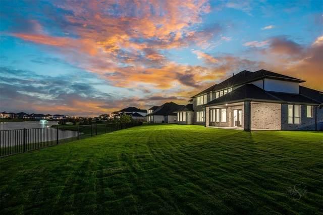 4710 Lake Crest Drive, Fulshear, TX 77441 (MLS #36096431) :: Lerner Realty Solutions