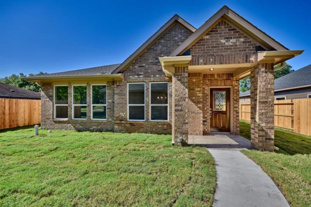 739 High Oaks Drive, Bellville, TX 77418 (MLS #36096779) :: The SOLD by George Team