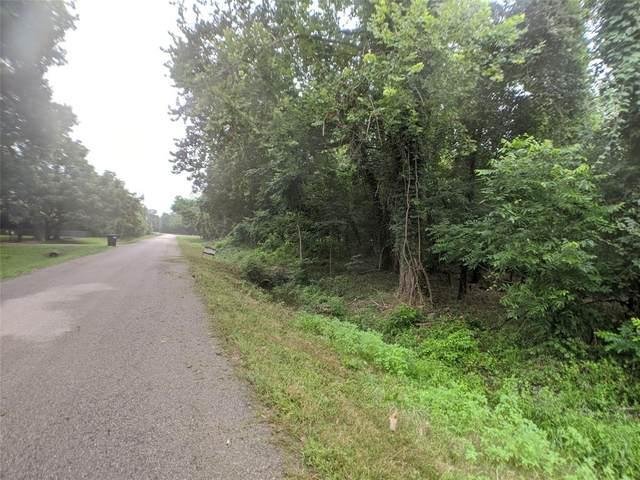 000 Deer Run Road, Damon, TX 77430 (MLS #36127357) :: The Parodi Team at Realty Associates