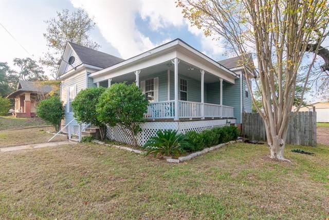 804 W Main Street, Brenham, TX 77833 (MLS #3618065) :: Texas Home Shop Realty