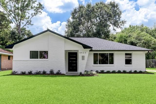 5423 Kingfisher Drive, Houston, TX 77096 (MLS #36233520) :: Texas Home Shop Realty