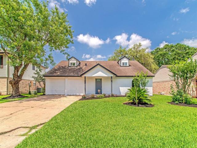 14106 Overbrook Lane, Houston, TX 77077 (MLS #36238397) :: The Heyl Group at Keller Williams