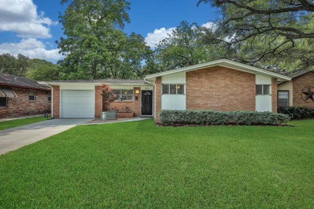 833 Sara Rose Street, Houston, TX 77018 (MLS #36326563) :: Christy Buck Team