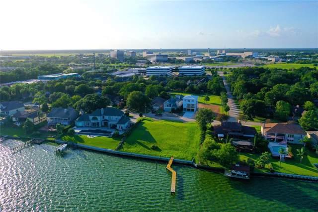 2430 Baycrest Drive, Nassau Bay, TX 77058 (MLS #36372349) :: Ellison Real Estate Team