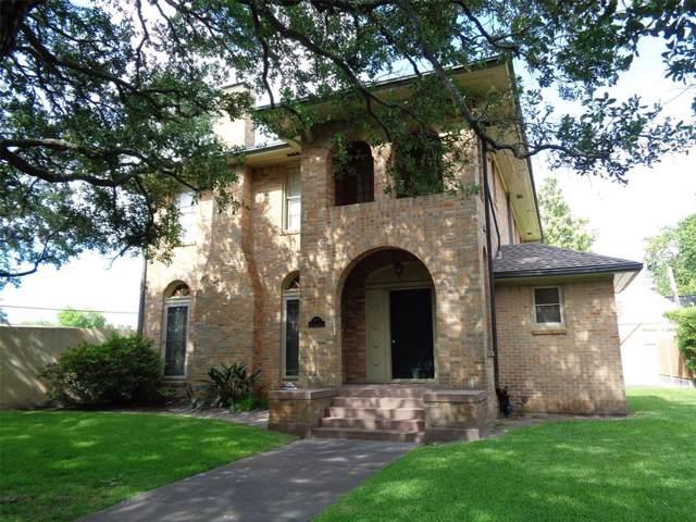 1 Cedar Lawn Drive S, Galveston, TX 77551 (MLS #36410727) :: NewHomePrograms.com LLC