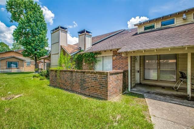 5722 Easthampton Drive B, Houston, TX 77039 (MLS #3657397) :: NewHomePrograms.com