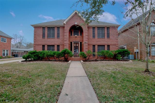 124 Lake Point Drive, League City, TX 77573 (MLS #36613291) :: The Bly Team