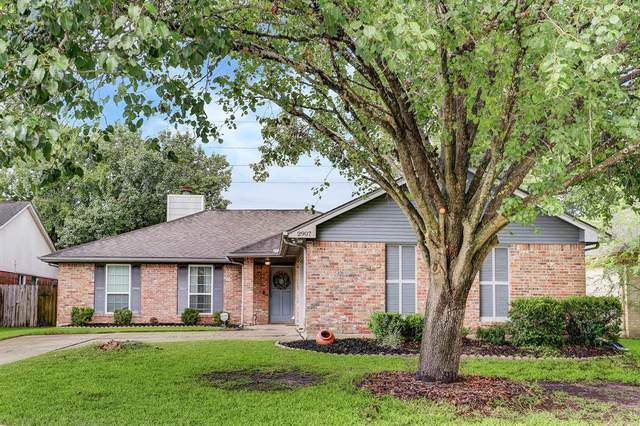 2907 Bentley Court, Pearland, TX 77584 (MLS #36629791) :: Caskey Realty