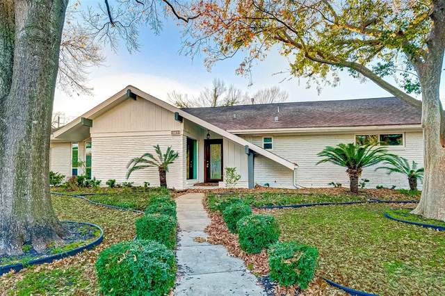 9706 Oasis Drive, Houston, TX 77096 (MLS #3664115) :: Lerner Realty Solutions