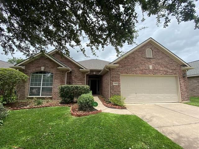 8410 Spotslyvania Lane, Houston, TX 77083 (MLS #36660245) :: NewHomePrograms.com LLC