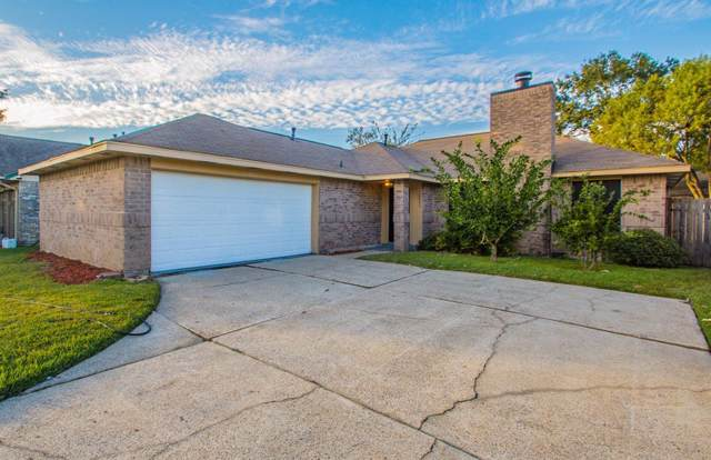 10833 E Idlewood Drive, La Porte, TX 77571 (MLS #36823101) :: The SOLD by George Team