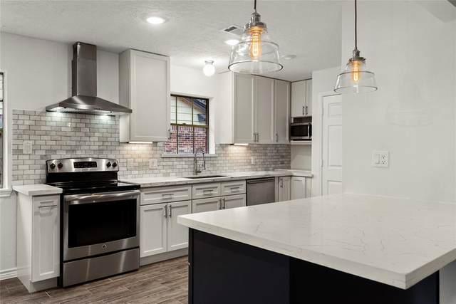 22719 Elm Bark Street, Tomball, TX 77375 (MLS #36850900) :: Ellison Real Estate Team