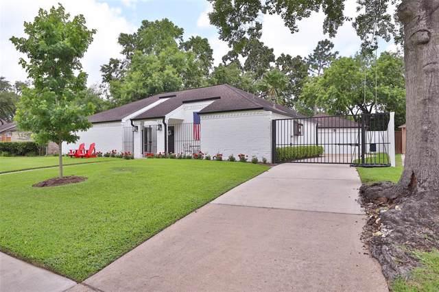 10206 Briar Rose Drive, Houston, TX 77042 (MLS #36934265) :: NewHomePrograms.com LLC