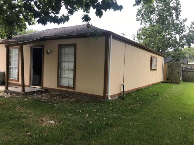 4902 27th Street, Dickinson, TX 77539 (MLS #36954610) :: The SOLD by George Team