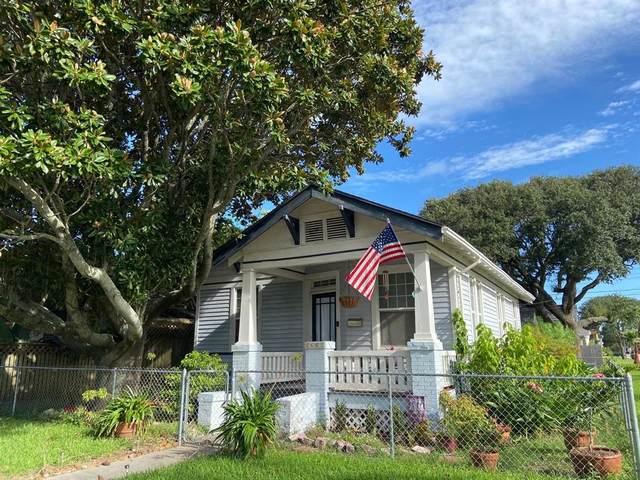 3602 Avenue R, Galveston, TX 77550 (MLS #36969195) :: Guevara Backman