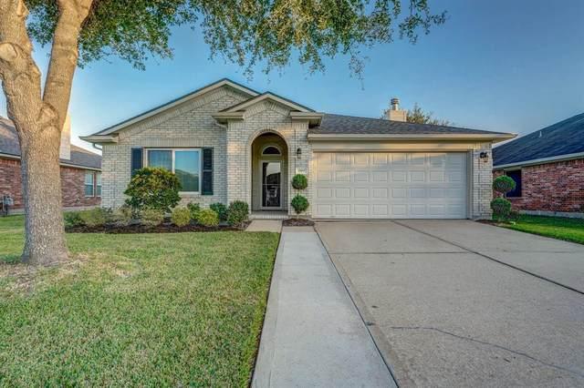 2003 Creek Shore Lane, Pearland, TX 77581 (MLS #37060630) :: Homemax Properties