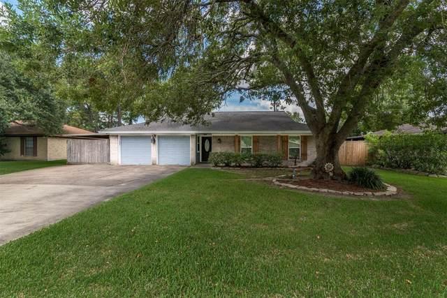 10011 Bayou Woods Drive, Baytown, TX 77521 (MLS #37063325) :: The Freund Group