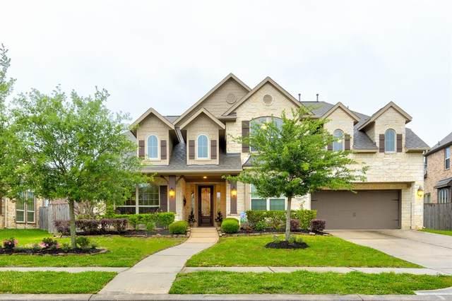 2211 Stillhouse Hollow Lane, Friendswood, TX 77546 (MLS #37096662) :: Caskey Realty