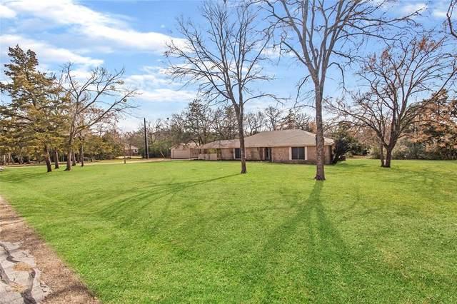 7108 Oak Forest Drive, Bryan, TX 77808 (MLS #37169027) :: The Property Guys