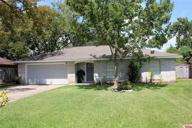 310 S Yaupon, Lake Jackson, TX 77566 (MLS #37219143) :: Texas Home Shop Realty