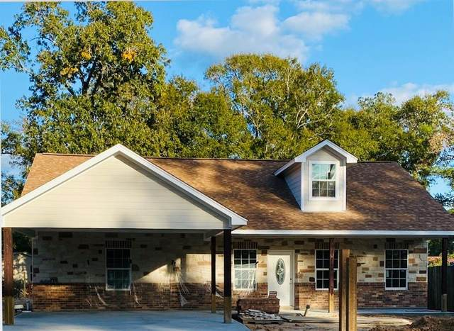 903 S Fenner Avenue, Cleveland, TX 77327 (MLS #37241981) :: The Freund Group