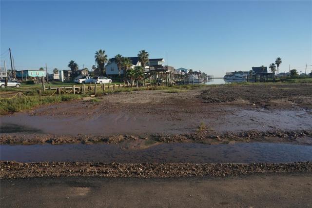 000 Swordfish Lane, Surfside Beach, TX 77541 (MLS #37269988) :: The SOLD by George Team