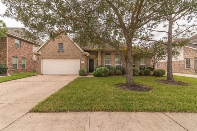 2313 Palm Circle, Seabrook, TX 77586 (MLS #37311628) :: REMAX Space Center - The Bly Team