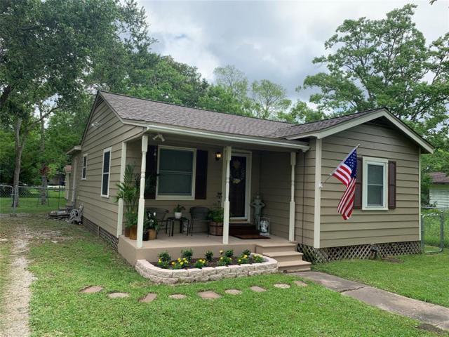 2215 Avenue I, Dickinson, TX 77539 (MLS #37312779) :: Fairwater Westmont Real Estate