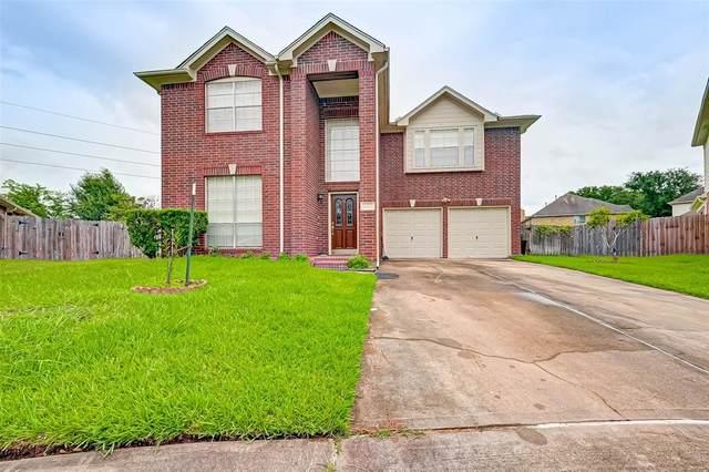 6322 Rowena Lane, Houston, TX 77041 (MLS #37357113) :: The SOLD by George Team