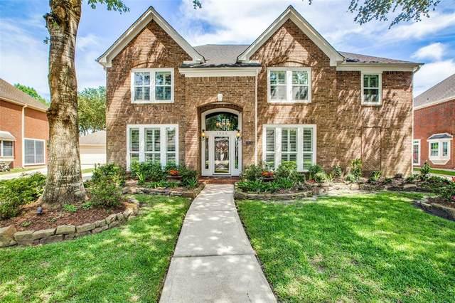 1925 Lauren Lake Drive, League City, TX 77573 (MLS #37435561) :: Green Residential