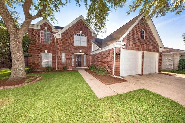207 Harwood Drive, League City, TX 77573 (MLS #37525352) :: Rachel Lee Realtor