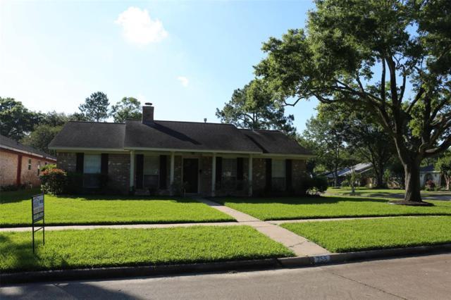 755 Seafoam Road, Houston, TX 77062 (MLS #37635133) :: The SOLD by George Team