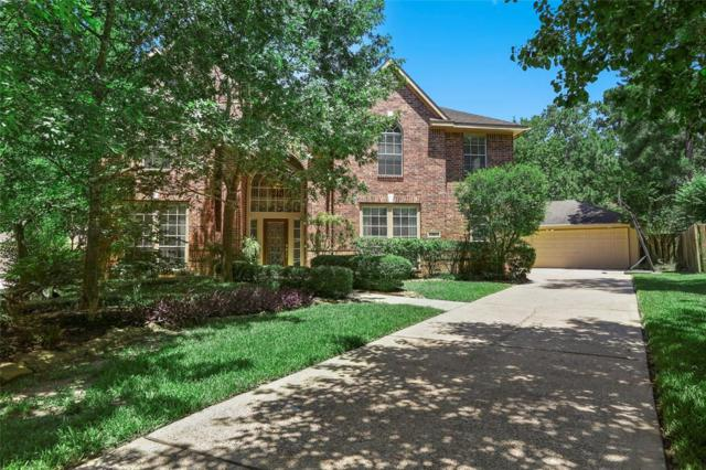 15 Redhaven Place, The Woodlands, TX 77381 (MLS #37710875) :: The Parodi Team at Realty Associates