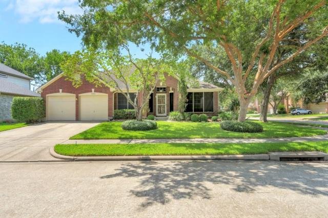 4802 Widerop Lane, Friendswood, TX 77546 (MLS #37848468) :: Texas Home Shop Realty