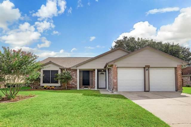 16811 Barkentine Lane, Friendswood, TX 77546 (MLS #37942181) :: The Freund Group