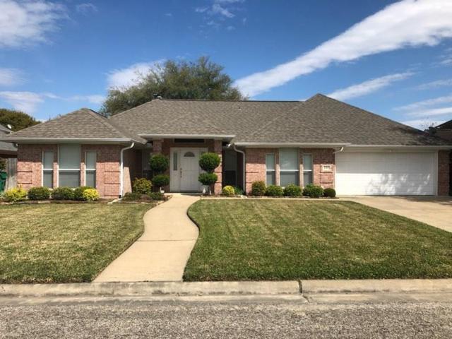 1313 Donna Drive, El Campo, TX 77437 (MLS #38018617) :: Magnolia Realty