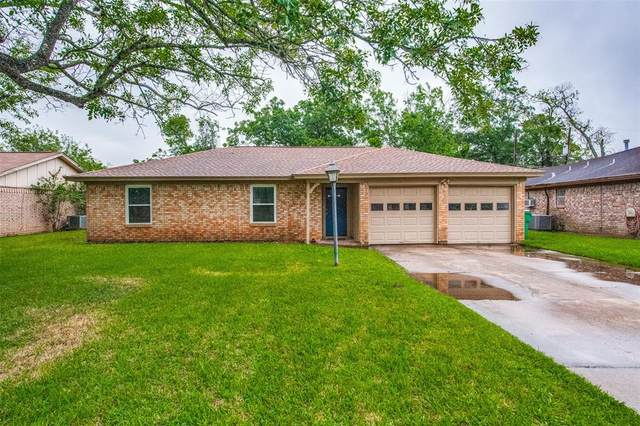 710 Oyster Creek Drive, Richwood, TX 77531 (MLS #38067642) :: The SOLD by George Team