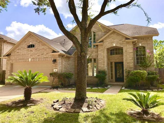 910 Featherbrook Court, Sugar Land, TX 77479 (MLS #38096770) :: The Home Branch