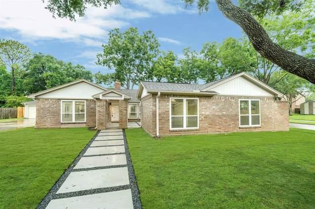 1135 Trowbridge Drive, Houston, TX 77062 (MLS #38153625) :: The Heyl Group at Keller Williams