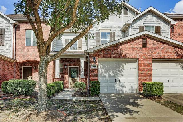 7923 Montague Manor Lane, Houston, TX 77072 (MLS #38169028) :: The SOLD by George Team