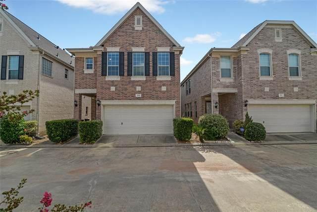 3214 Holly Crossing, Houston, TX 77042 (MLS #38185979) :: Parodi Group Real Estate