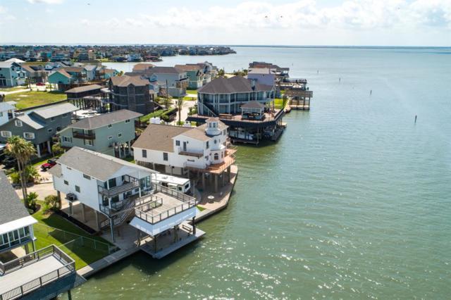345 Admiral Circle, Tiki Island, TX 77554 (MLS #38261002) :: Texas Home Shop Realty