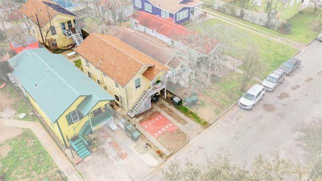 5413 Avenue R 1/2, Galveston, TX 77551 (MLS #38268357) :: The Sansone Group