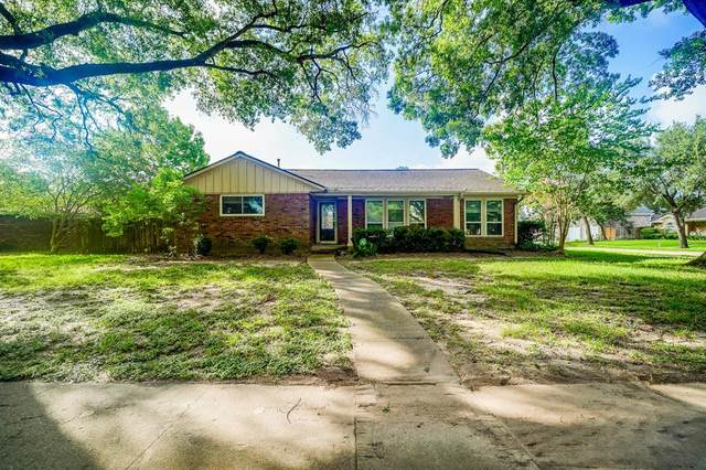 5051 Wigton Drive, Houston, TX 77096 (MLS #38327194) :: The SOLD by George Team