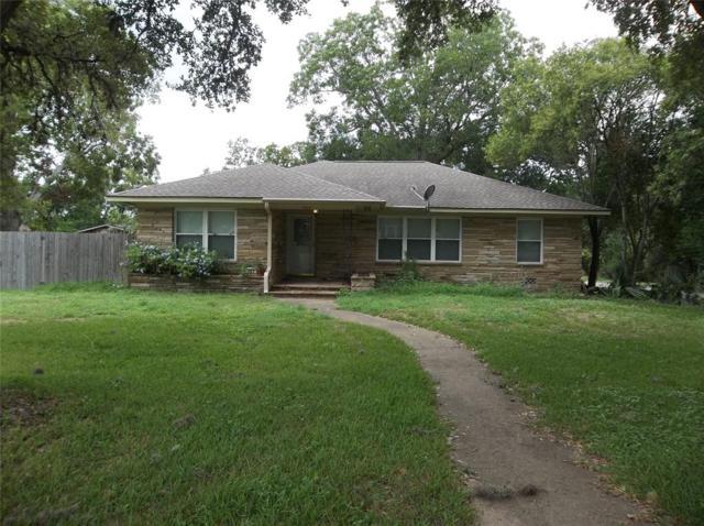 707 14th Street, Hempstead, TX 77445 (MLS #38434726) :: Fairwater Westmont Real Estate